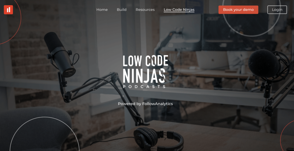 Landing Page of the Lowcode Ninjas Podcast Website
